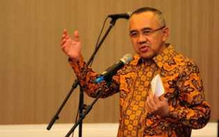 Gubri Batal Dilantik, Ini Kata DPRD Riau