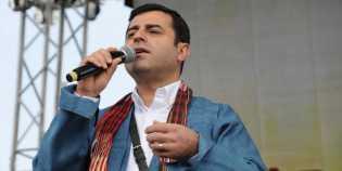 Pemimpin Partai Pro-Kurdi Dituntut Penjara Selama 142 Tahun