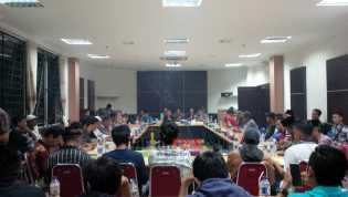 Dewan Arogan, Ketua DPRD Inhil Turun Tangan