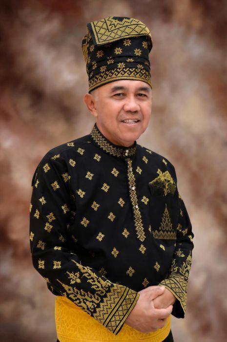 Gubri Raih Gelar Datuk Seri Setia Amanah