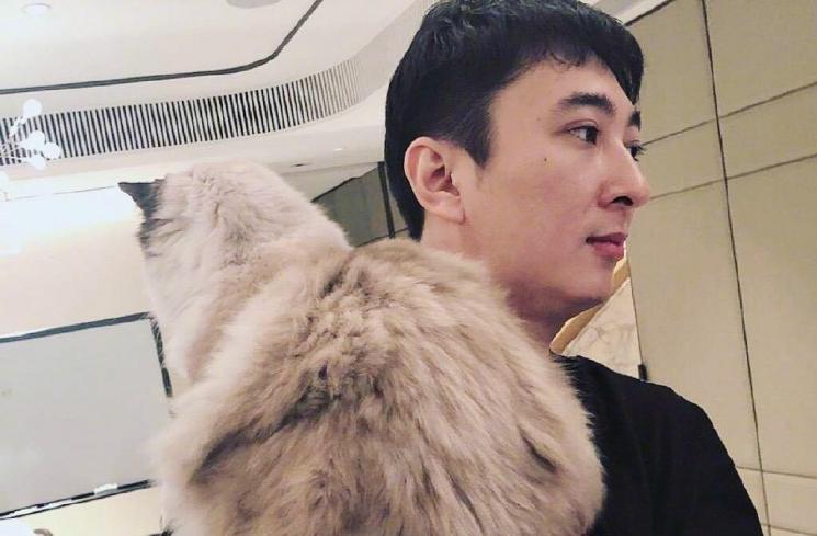 Terlilit Utang, Anak Pria Terkaya di China Tak Boleh Beli Barang Mewah
