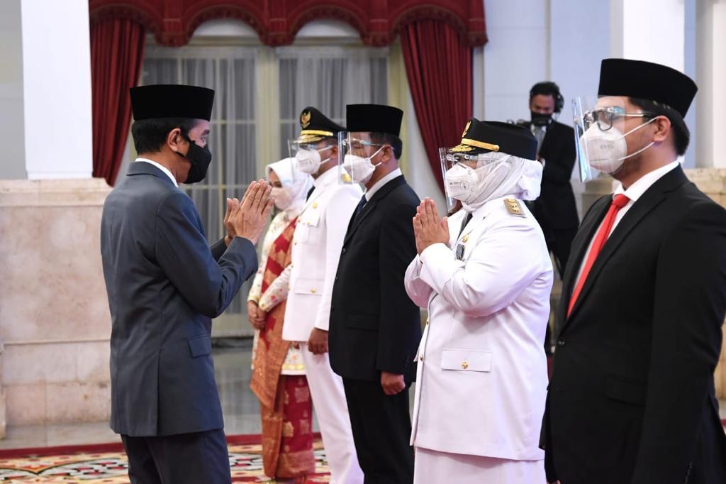 Ansar Mohon Doa Pimpin Kepri, Jokowi Ucap Selamat Bekerja
