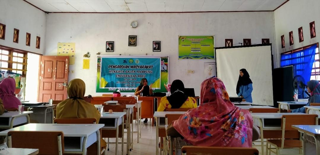 Tim Kukerta Balek Kampung Unri Turun Sosialisasi 'New Normal'