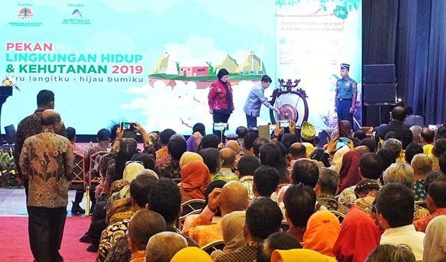 Pemprov Riau Tampilkan Program Bank Sampah di PLHK 2019