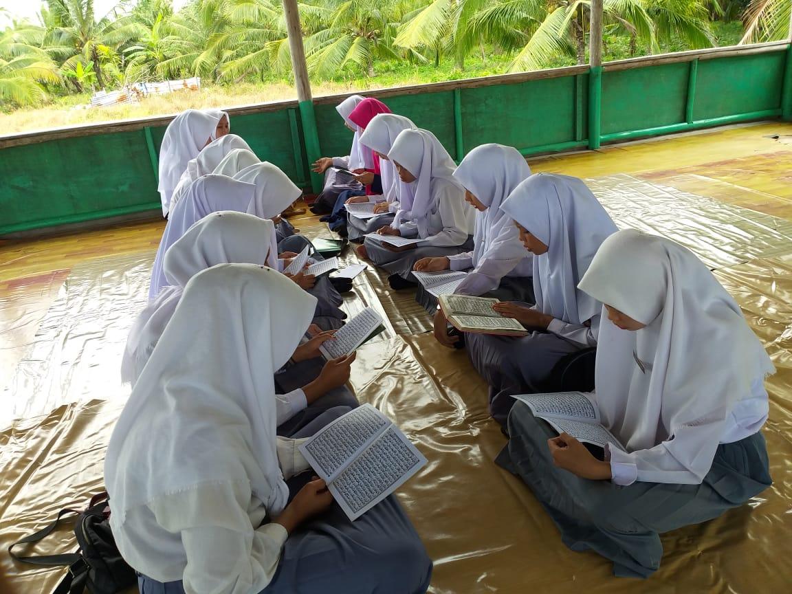 Lulus 100 Persen, SMK Ankasa Khatam Al-Qur'an