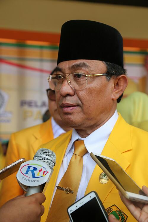 Hasil Survey, Elektabilitas HM Wardan Jauh di Atas Abdul Wahid