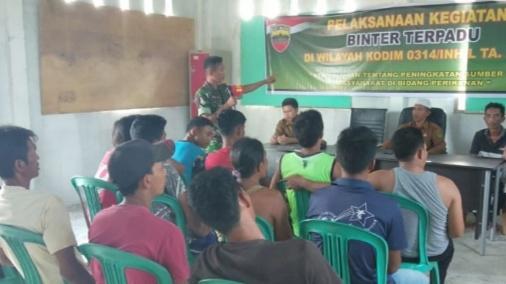 Koramil 04/Kuindra Laksanakan Binter Terpadu di Desa Concong Dalam