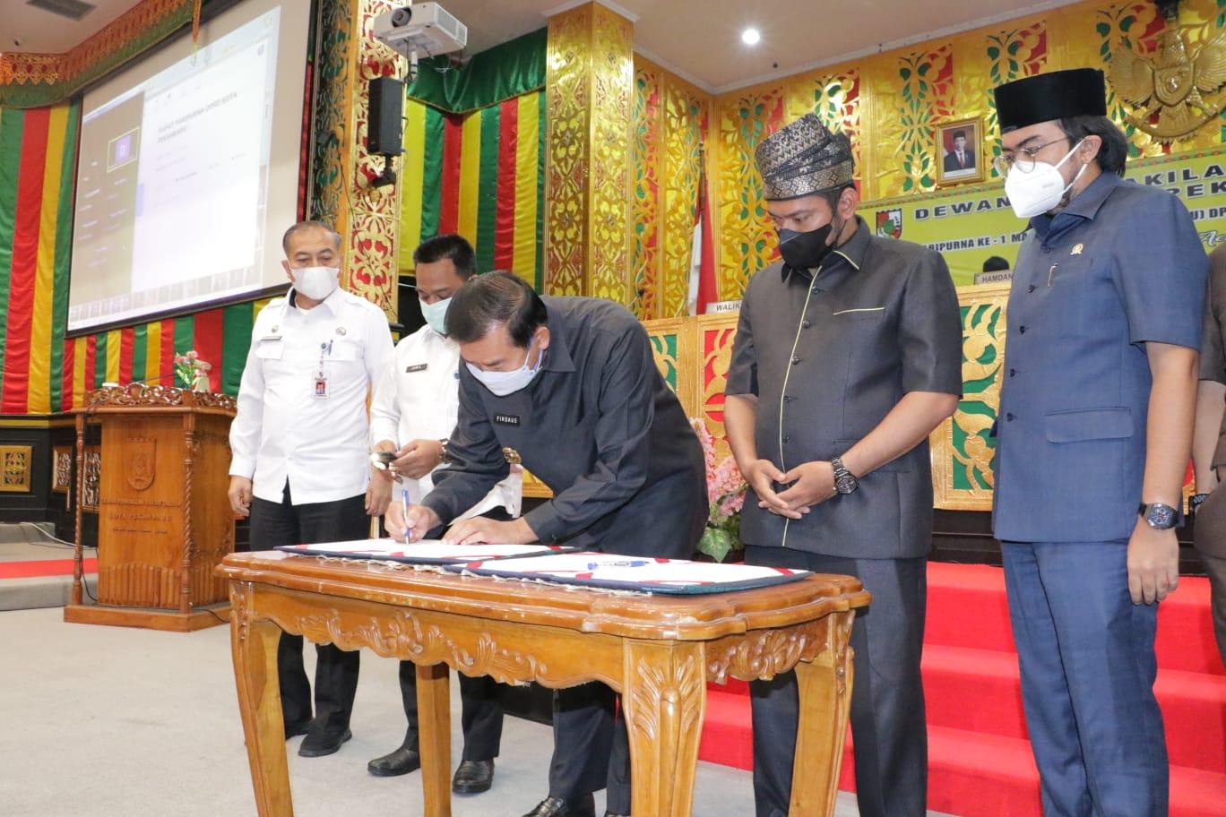 Wali Kota dan Pimpinan DPRD Teken Kesepakatan KUA PPAS APBD-P Rp2,6 Triliun