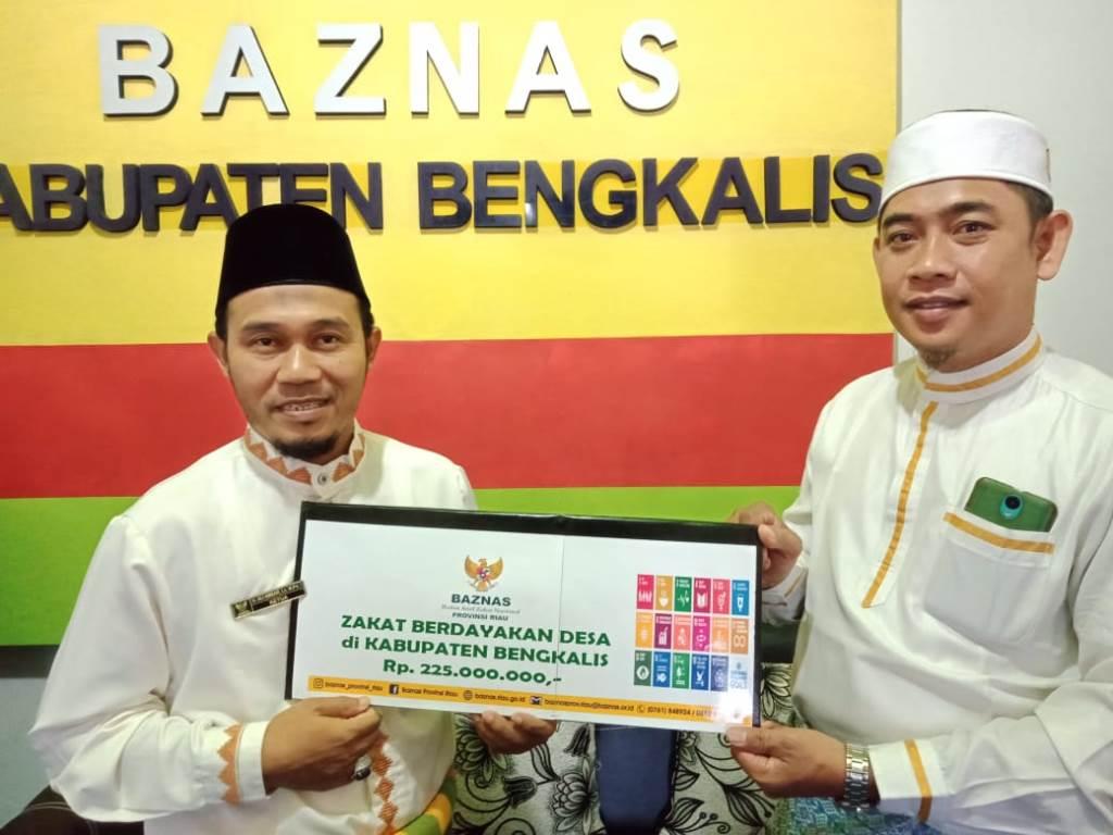 Program Usulan Disetujui Baznas Provinsi, Baznas Bengkalis Serahkan Zakat Produktif Lebih dari 200 Juta