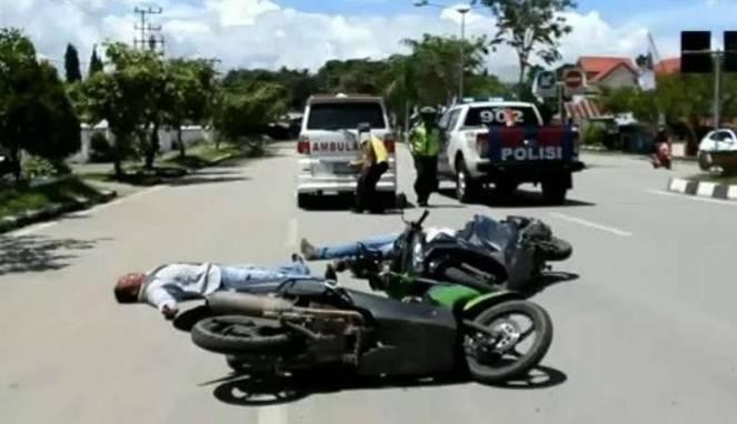 Lihat 'Arwah' Korban Kecelakaan, Polisi Tunggang Langgang