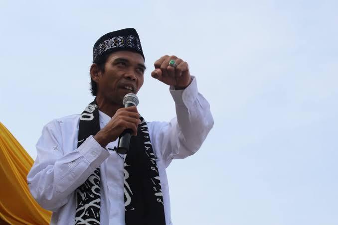 Cerita UAS, Gara-gara Virus Corona, Rumah Makan Islam Dibanjiri Nonmuslim