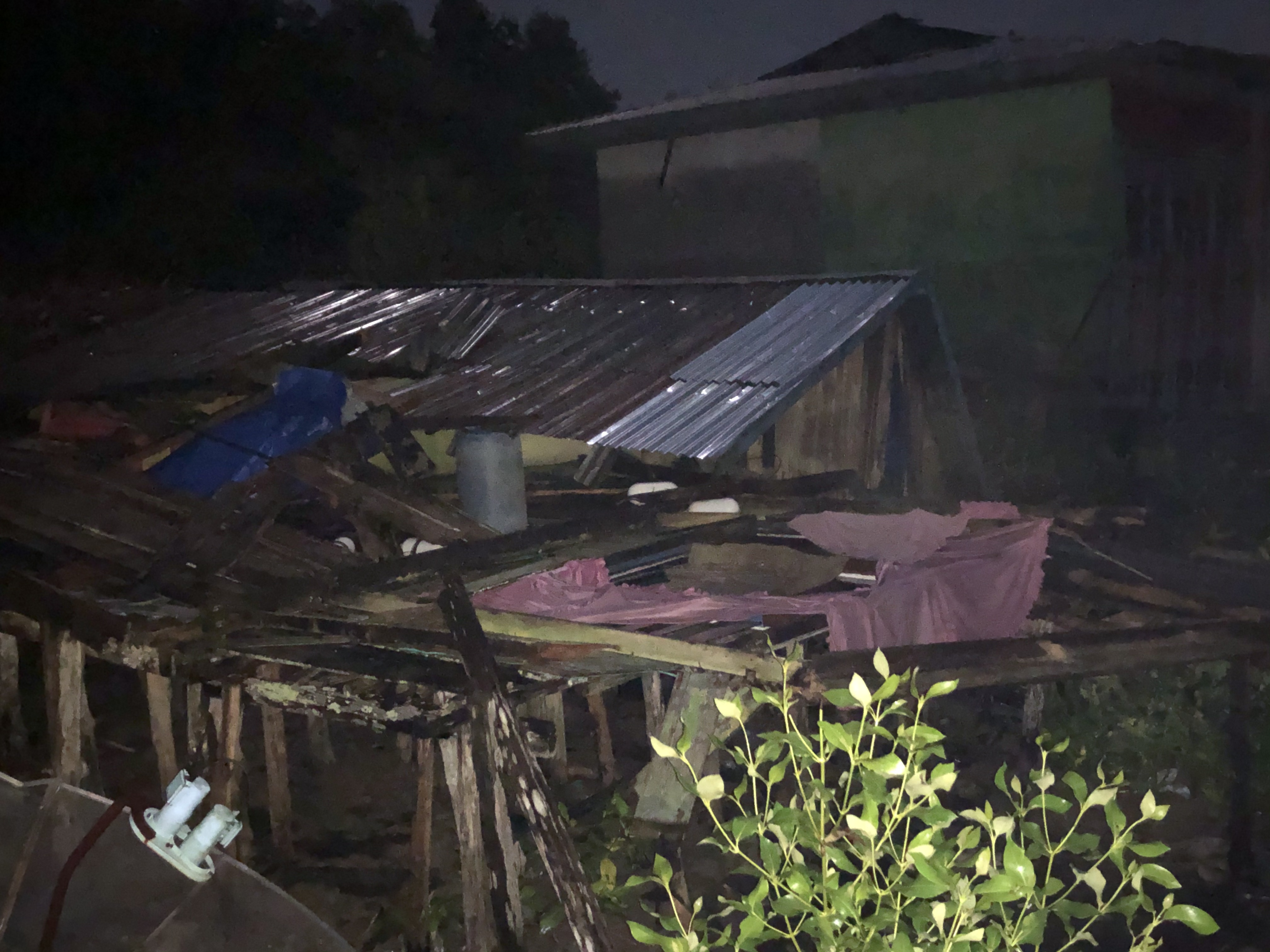 Satu Unit Rumah di Desa Kuala Patah Parang Ambruk
