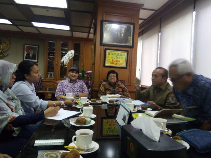 PWI Riau Silaturahmi dengan Menteri LHK