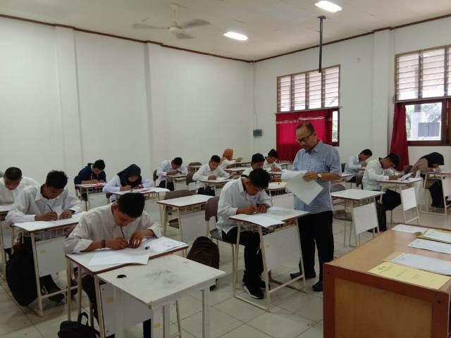 672 Calon Mahasiswa Ikuti Tes Tertulis Jalur UMPN Polbeng