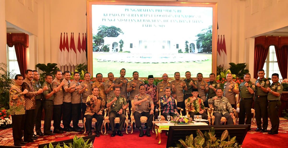 Penuhi Undangan Presiden, Bupati Inhil Ikuti Rakornas Pengendalian Karhutla Di Istana Negara