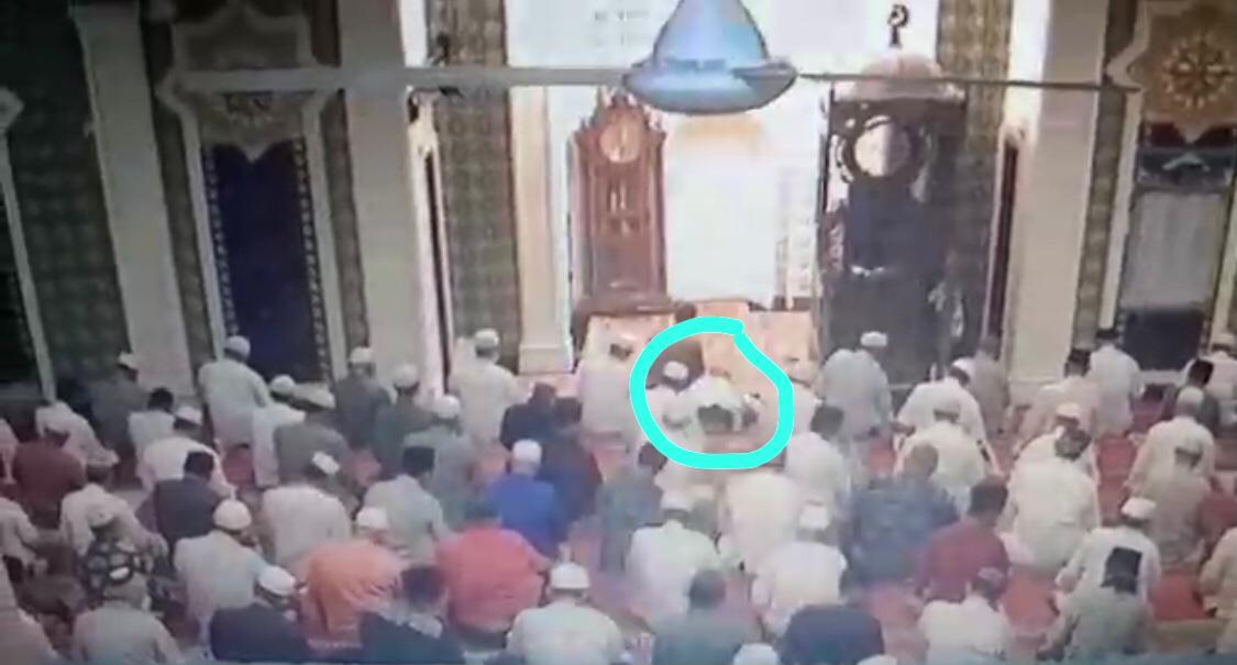 Ustad Kamaruddin Meninggal Dalam Posisi Sujud Salat Tarawih di Masjid Tembilahan