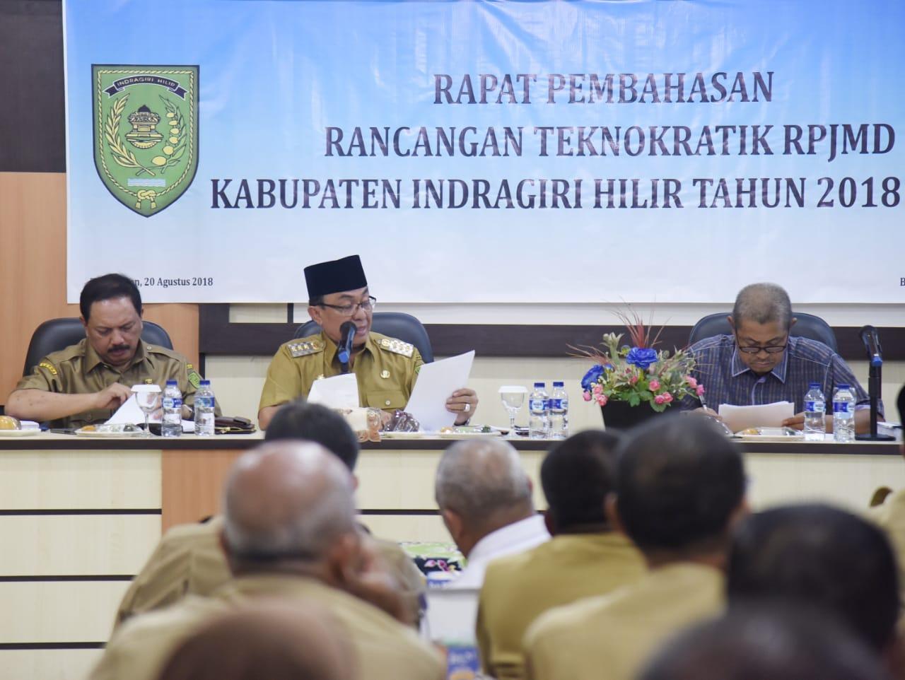 HM Wardan Pimpin Rapat Pembahasan Rancangan Teknokratik RPJMD Inhil 2018 - 2023