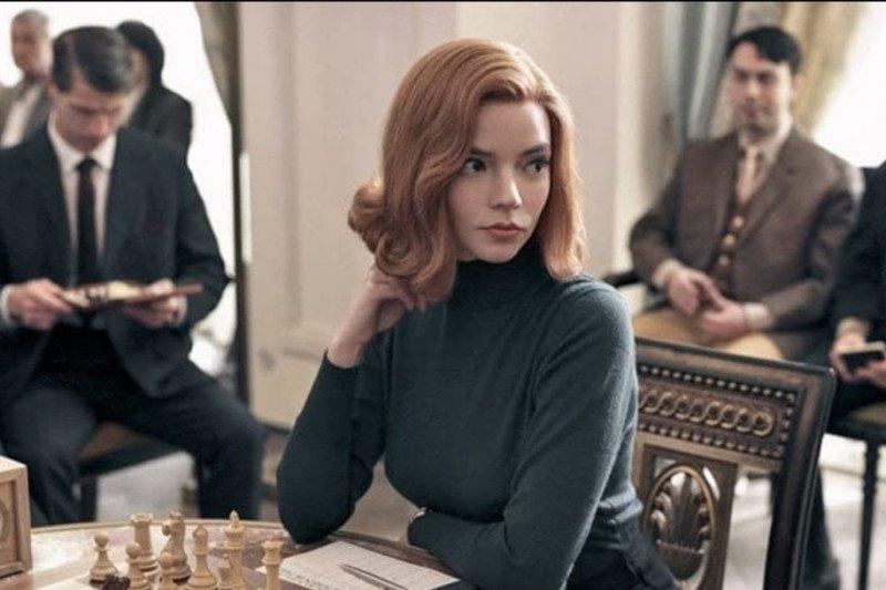 ''The Queen's Gambit'' Ditonton 62 Juta Pengguna Netflix