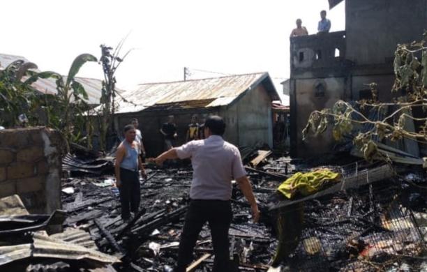 Tiga Unit Rumah Ludes Terbakar di Tembilahan Hulu