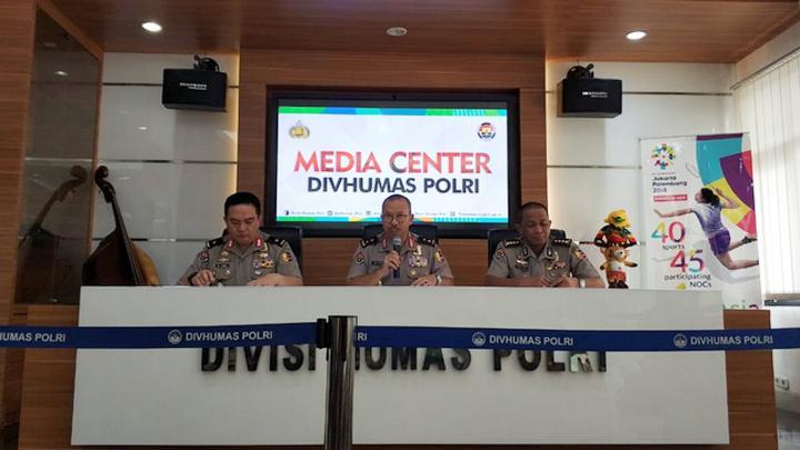 Polisi Ungkap Pergerakan Grup WhatsApp Jaringan Teroris di Riau