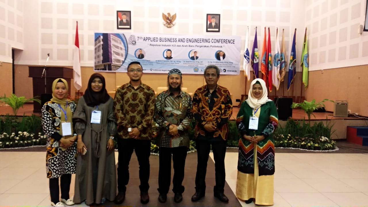 Seminar Nasional di Medan, Dosen Polbeng Raih Paper Terbaik