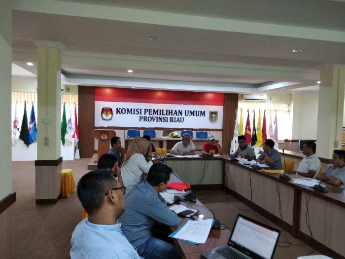 Selama Pemilu Serentak, Layanan Konsultasi KPU Riau Penuh