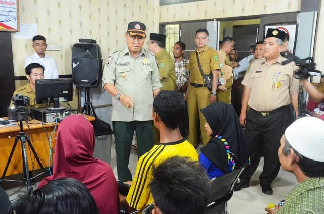 Lihat Kinerja Pegawai Secara langsung, Wabub Inhil Berkunjung ke Disdukcapil