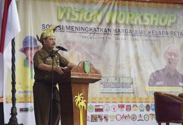 Hadirkan Prof Wisnu Gardjito, Sekda Inhil Jadi Moderator Seminar Vision Workshop
