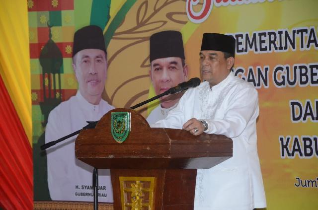 Gelar Silaturrahmi dan Bukber, Pemkab Inhil Serahkan 2000 Paket Ramadhan dan 30 Perahu Bermotor