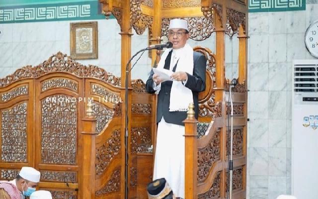 Bupati Inhil Jadi Khatib Sholat Idul Fitri di Mesjid Al-Huda